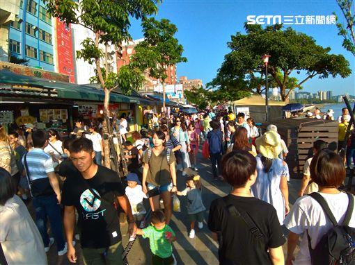 連假,放假,人潮,出遊,淡水老街,國慶,圖/民眾提供
