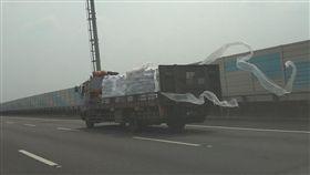 高速公路,國道,貨車,塑膠布,敦煌飛天(爆怨公社)