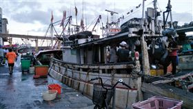 移工來台30年 台灣社會不可或缺的異鄉人台灣自1989年引進第一批東南亞外勞,30年後的今天,在台移工突破71萬人,從營造業、製造業、漁業到長照家庭多可看見移工身影。中央社記者陳清芳攝 108年10月11日