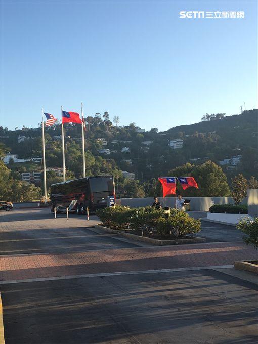 中華民國及美國國旗