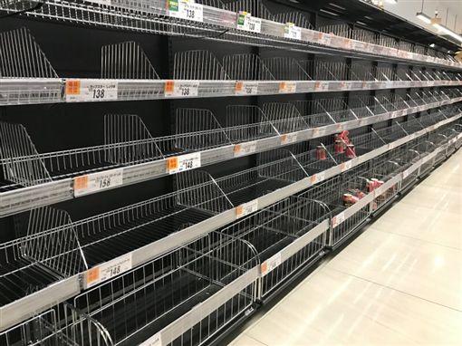 日本,哈吉貝颱風,超市,賣場(圖/翻攝自推特)