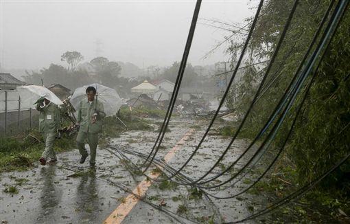 颱風哈吉貝強襲日本,災情(圖/翻攝自推特)