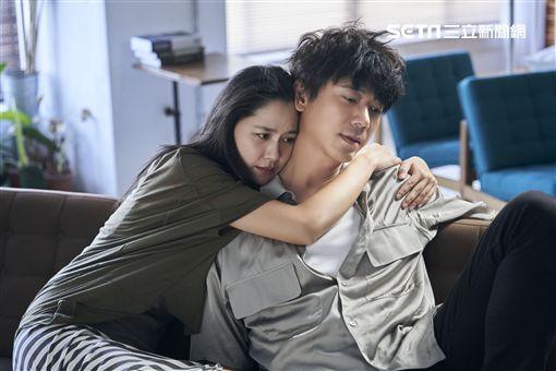 信推最新主打《痞子的情書》MV 照片提供:何樂音樂