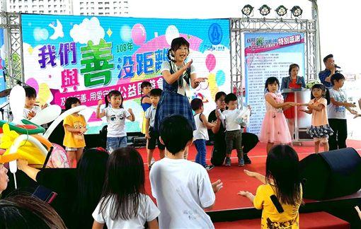 ▲及時雨公益園遊會(圖/記者唐家興攝影)
