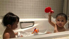小孩,大便,嗯嗯,浴缸,浴室,洗澡,老婆,老公,崩潰,慘叫,泡澡,爆怨公社 圖/翻攝自爆怨公社臉書