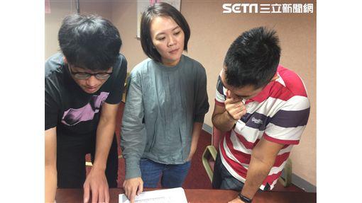 簡舒培指控大巨蛋 記者李依璇攝影