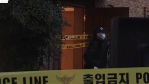 警方拉起了封鎖線,在雪莉住處「沒有發現遺書」。(圖/翻攝自씨브라더YouTube)