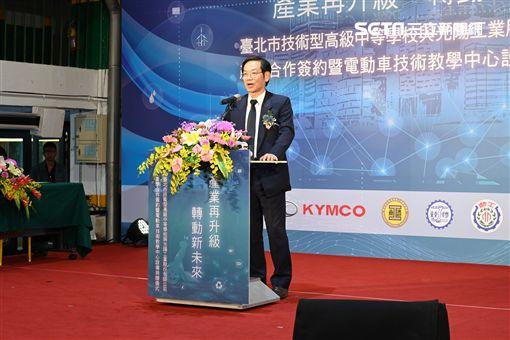 ▲KYMCO執行長柯俊斌親自蒞臨簽署儀式。(圖/鍾釗榛攝影)