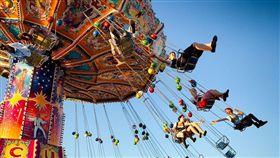 法國女子搭空中旋轉遊樂設施墜地 1死1重傷 (圖/翻攝自Pixabay)