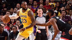 NBA/詹皇遭罵翻!火箭哈登這樣說 NBA,中國,反送中,香港,Daryl Morey,James Harden,LeBron James 翻攝自推特