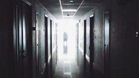 恐怖,走廊,驚悚(圖/翻攝自Pixabay)