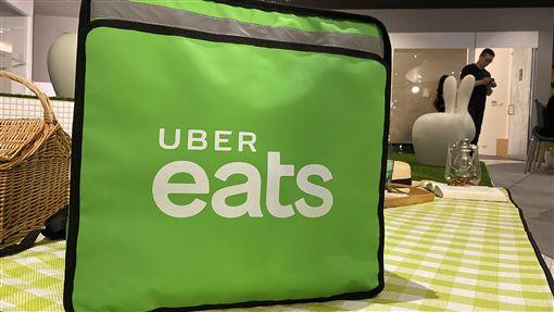 Uber Eats慶祝來台3週年美食外送平台Uber Eats 7日舉辦來台3週年記者會,宣布營運範圍新增5座城市,包括雲林、苗栗、屏東、宜蘭、花蓮,全台共15座城市可使用。中央社記者吳家豪攝 108年10月7日