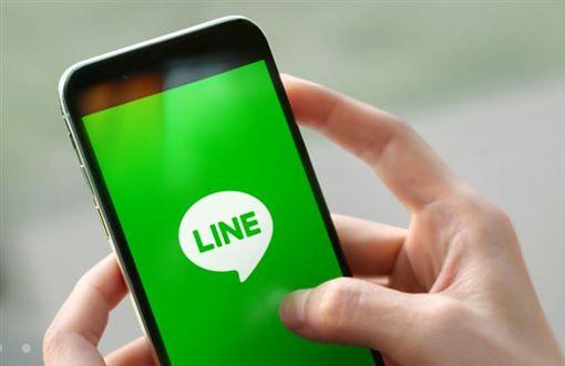 LINE比FB好用?兩派人馬激戰 網直呼:根本不能比 (翻攝自/LINE官網)