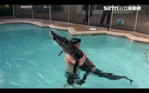GatorBoys團隊抓鱷魚