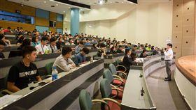 教育部與台灣學生聯合會20日共同辦理「協助大專校院提升學生宿舍數量與品質-學生宿舍交流論壇」,約50多所大專的校方與學生代表參與,共同討論年輕世代宿舍新環境。(教育部提供)中央社記者許秩維傳真 108年10月20日