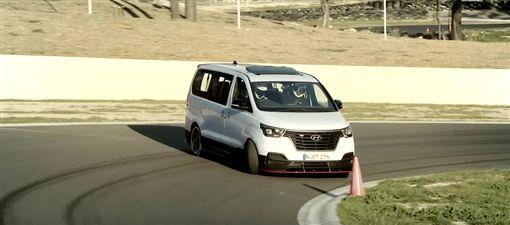 ▲Hyundai iMax N Drift Bus(圖/翻攝網路)