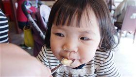 家中小寶貝的副食品該怎麼吃?剛開始副食品要吃什麼?