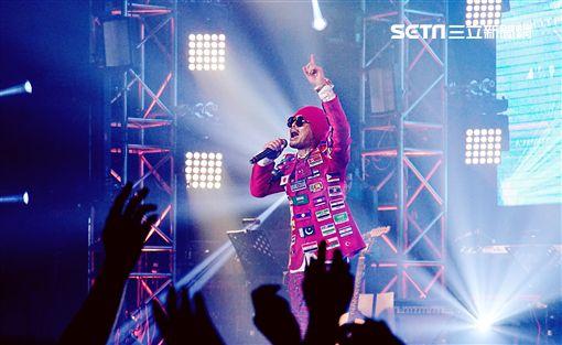 黃明志4896世界巡迴演唱會美國聖荷西站新聞稿 提供:Namewee Studio Production