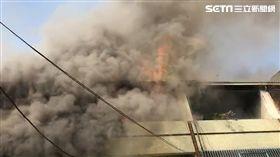 台南歸仁發生火警!火勢迅速延燒10戶 幸無人傷亡