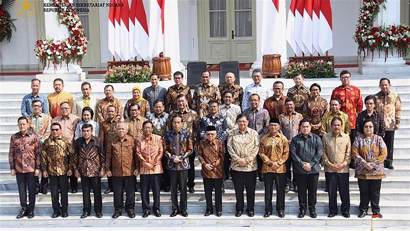 印尼新內閣 獨角獸Go-Jek創辦人掌教育文化