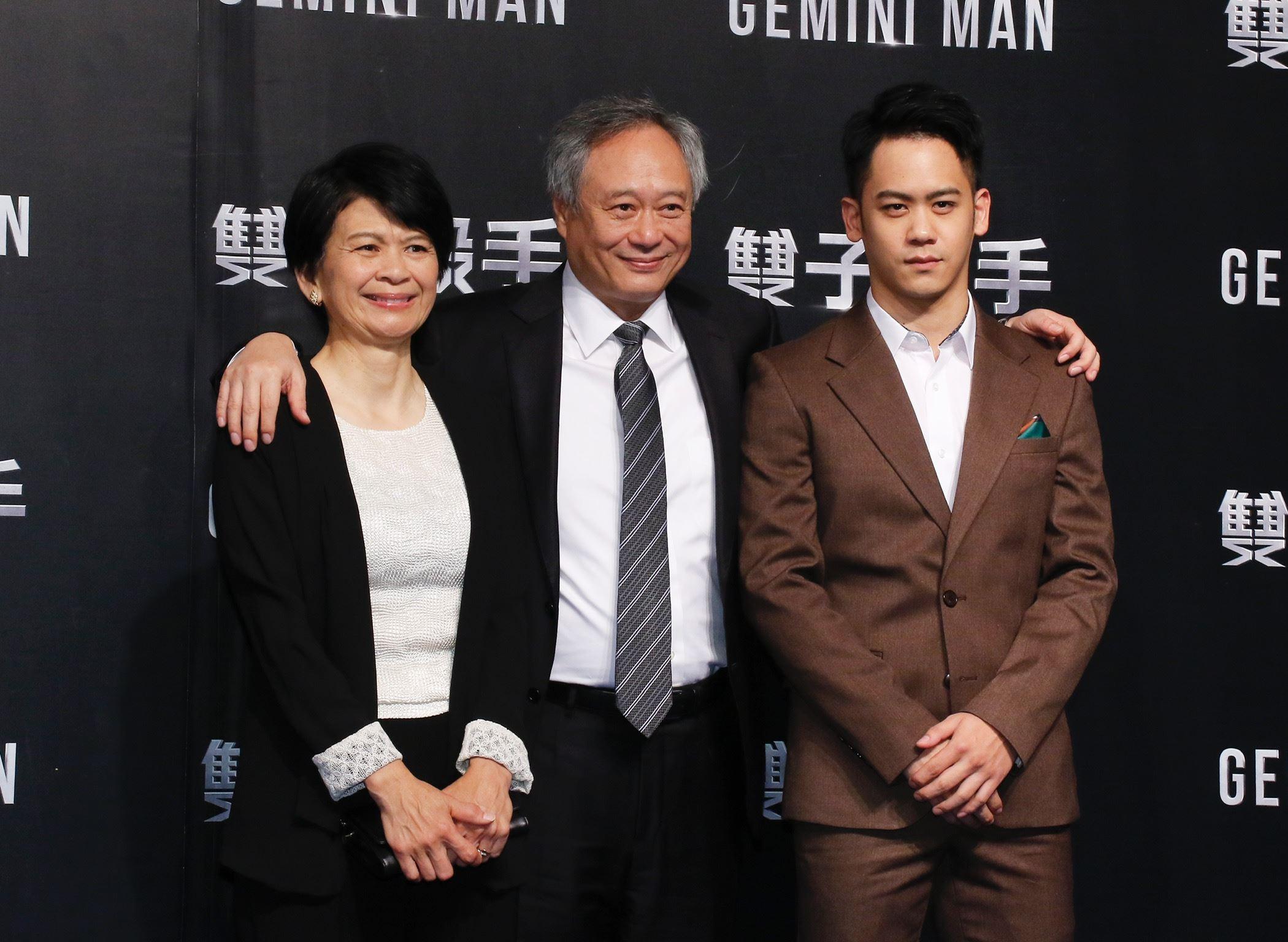 導演李安一家人出席《雙子殺手》台北首映會。(圖/記者林聖凱攝影)