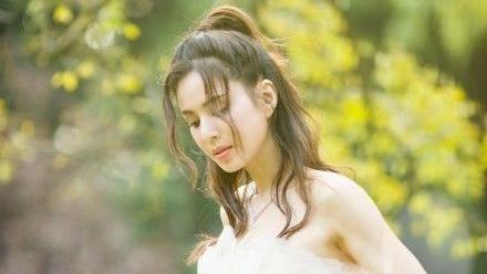 最美小龍女嫁了?52歲李若彤婚紗曝