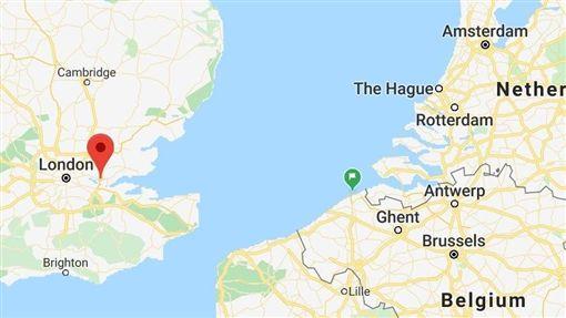被發現內有39具屍體的冷凍貨櫃由比利時濟布魯治(綠標處)出發,在英國格雷斯市華特格雷德工業園區(紅標處)被發現。(圖取自Google地圖網頁google.com/maps)