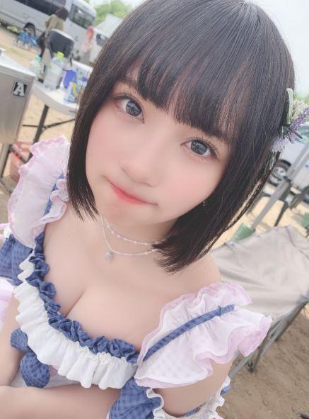 被視為「AKB救世主」的17歲女偶像矢作萌夏,宣布將在2020年退出AKB48。翻攝推特