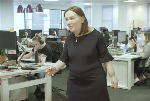 英國,模型,辦公室,上班族,科技,電腦https://www.youtube.com/watch?time_continue=4&v=fL5SuzGkUPw