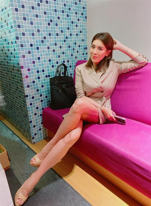 小禎常搭機出國工作、旅遊。(圖/翻攝自胡小禎Facebook)