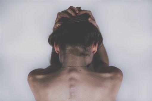 -少女-女子-女性-性侵-強暴-(圖/Pixabay)