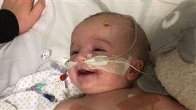 英國,心臟,纖維瘤,手術,換心,募捐,波士頓,甦醒,微笑,奇蹟,美國,嬰兒 圖/翻攝自臉書