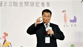 內政部長徐國勇30日舉行記者會,宣布「社會住宅包租代管2.0」正式上路,包租代管將由目前6都試辦擴大為12縣市。(圖/內政部提供)