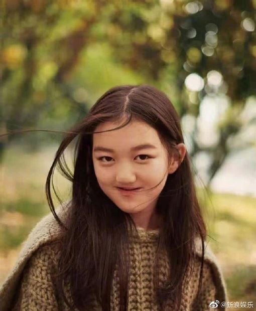 李亞鵬,過去曾和天后王菲有過一段婚姻,育有一女李嫣 微博