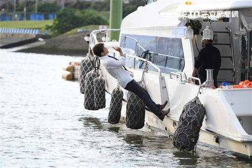 吳婉君遊艇