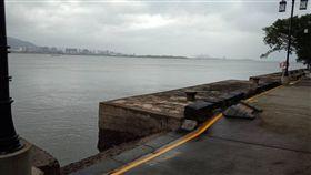 新北市,淡水,海關碼頭,溺水,交友軟體,命危