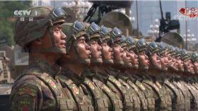 ▲中國的閱兵影片,今天竟意外衝上台灣YouTube發燒影片第一名。(圖/翻攝自央視YouTube頻道)