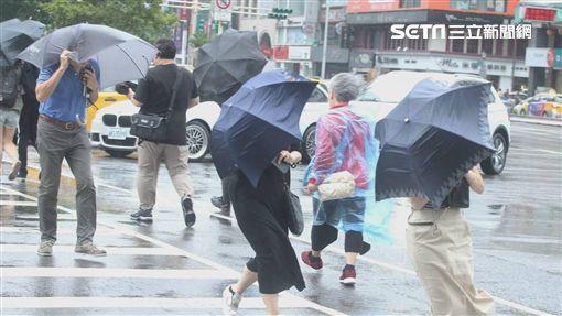氣象局,東北季風,局部大雨,豪雨,雨備(示意圖/邱榮吉攝影)