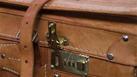 皮箱(示意圖/翻攝自Pixabay)