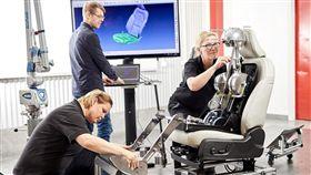 ▲VOLVO成為最早將人體脊椎研究納入座椅設計的汽車製造商之一。(圖/VOLVO提供)