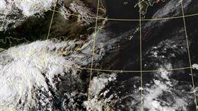 豪雨狂炸!宜蘭兩校今晚宣布停課 圖翻攝自中央氣象局