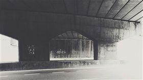 天橋。(圖/Pixabay)
