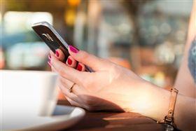 社交/手機/社群網站/訊息。 (示意圖/翻攝自Pixabay)