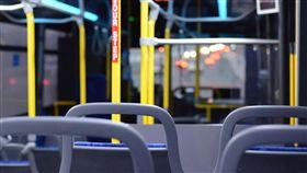 公車。(圖/Pixabay)