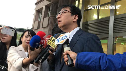 馬俊麟妻子梁敏婷的委任律師表示,目前有的證據,包括王瞳寫給馬俊麟的曖昧卡片,週刊報導後王童也曾向梁女傳訊息「對不起」懺悔。(記者/楊佩琪攝)
