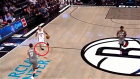 NBA/驚悚!球哥右踝3秒連扭2次 NBA,紐奧良鵜鶘,Lonzo Ball,腳踝 翻攝自推特