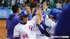 ▲王威晨岳東華蘇智傑世界棒球12強賽。(圖/記者林聖凱攝影)