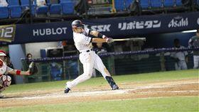3局下擊出3分砲的日本隊鈴木誠也(圖/棒協提供。)