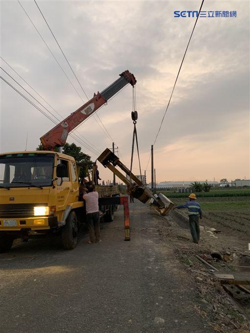 吊臂,爆頭,台南,工人,台電