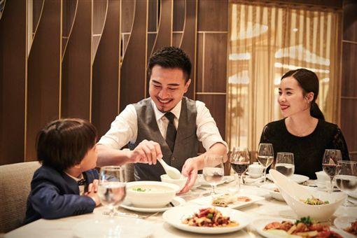 ▲觀瀾軒粵式餐廳(Harmony)米其林星廚設計料理(圖/公主遊輪)